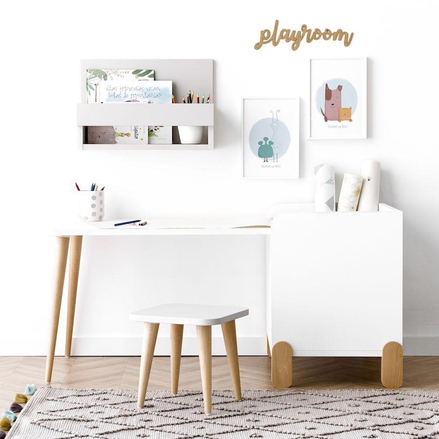 Tale escritorio con juguetero