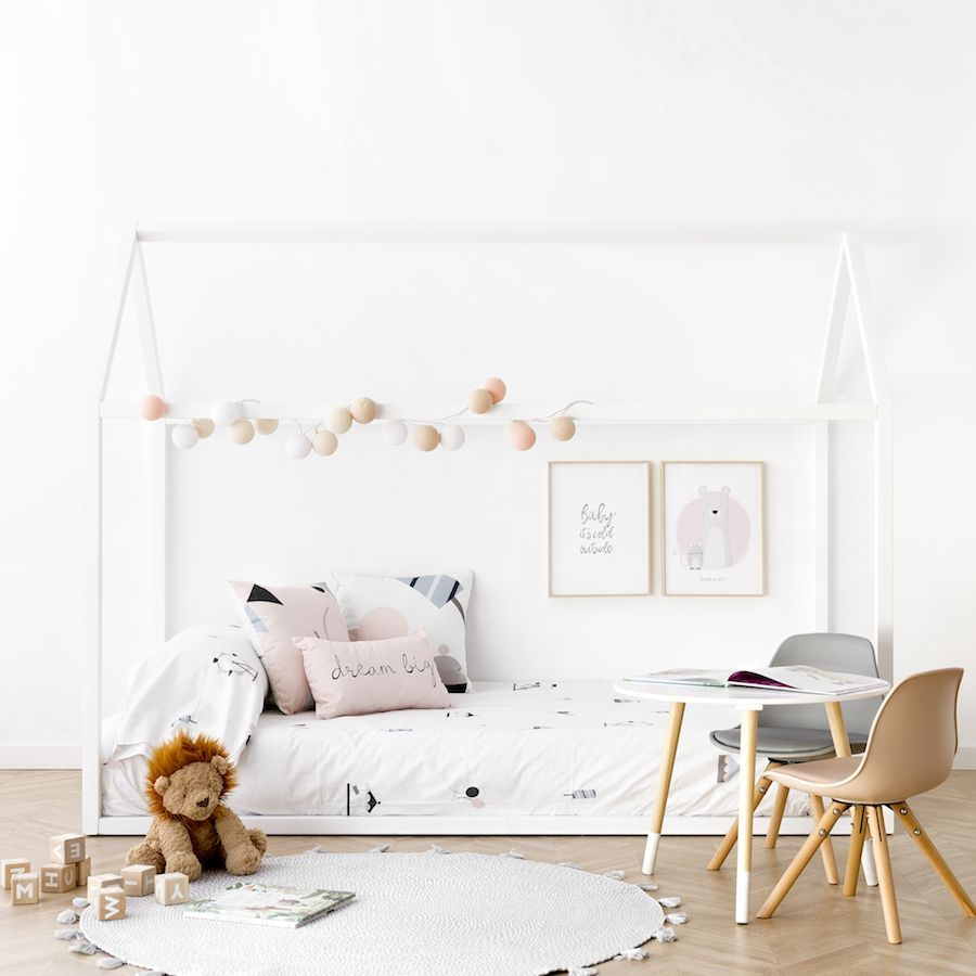 Cama casita blanca