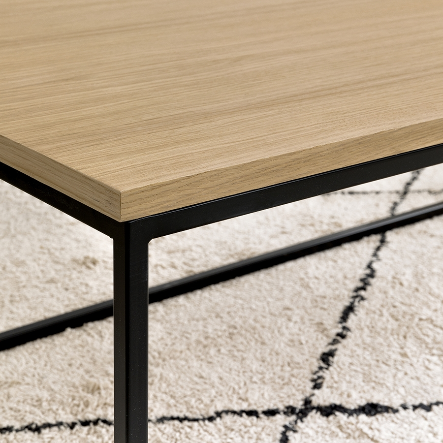 Clive mesa de centro natural negro