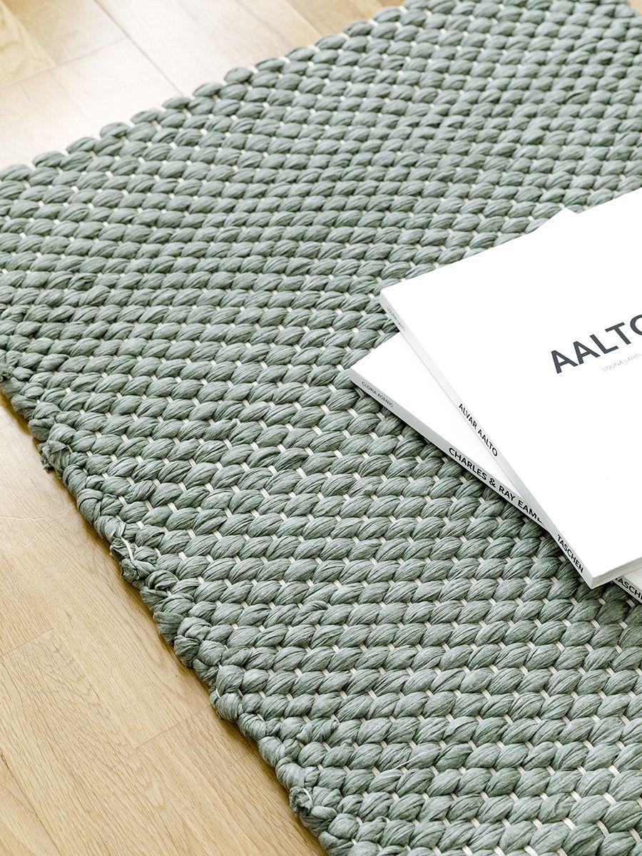 Braid tappeto verde
